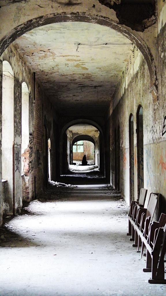 Beelitz-Heilstätten_Lungenklinik_2015-80