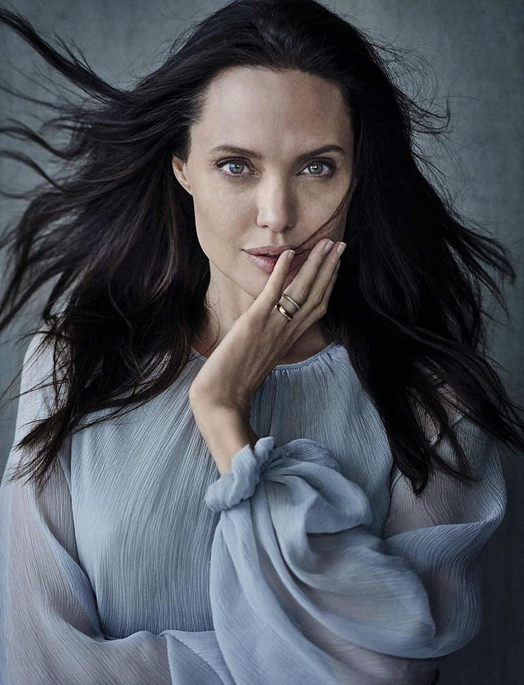 Анджелина Джоли — Фотосессия для «Vanity Fair» IT 2015 – 1