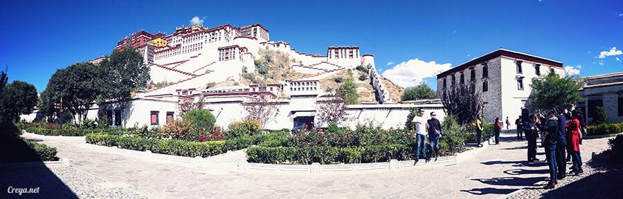 2015.12.04▐ Tibet 西藏踢北去 ▐ 藏人的精神殿堂布達拉宮,但或許不只我們高山反應沒精神… 02.jpg
