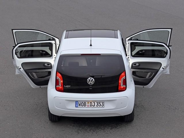 Городской компактный хэтчбек Volkswagen up!