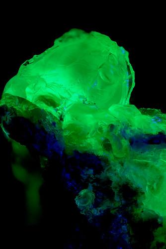 Hyalite(Fluorescence)