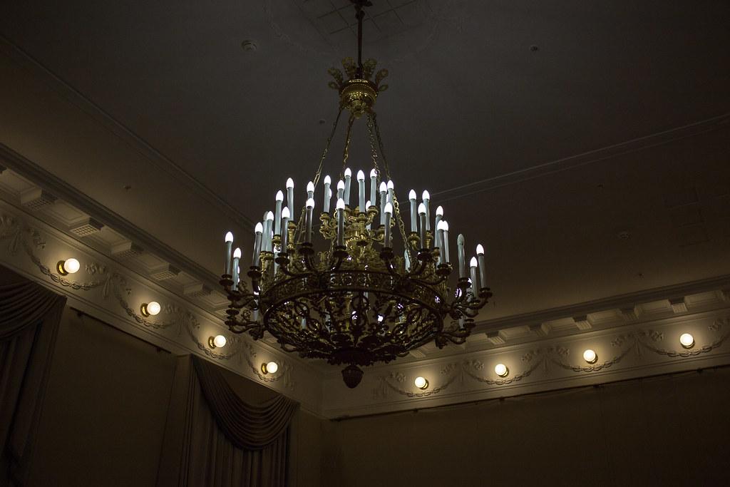 Люстра выставочного зала РГО chandelier, russian geographical society, люстра, рго, репин, русское географическое общество