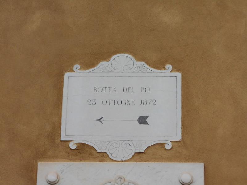lapide, rotta del Po 1872, Municipio, Bondeno