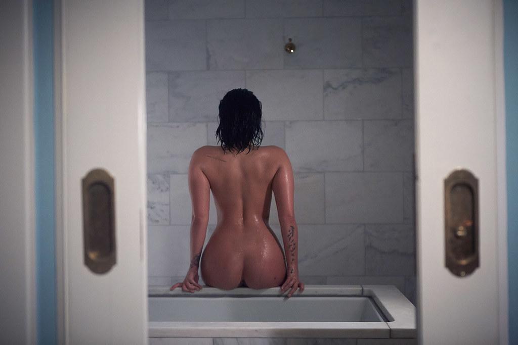Деми Ловато — Фотосессия для «Vanity Fair» 2015 – 3