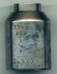 AB and W hub - side