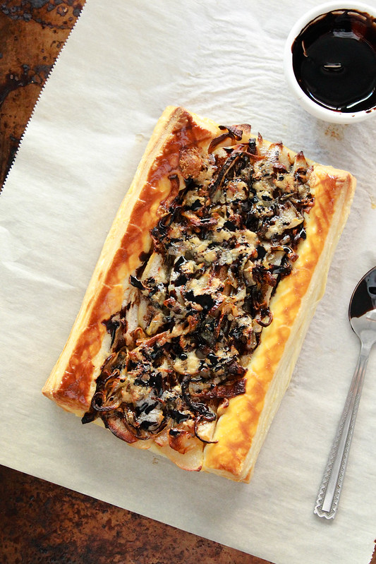 ROASTED PEAR,ONION & BLUE CHEESE TART