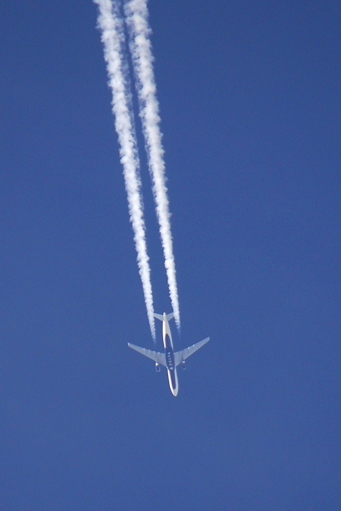 N825NW - A333 - Dana Air