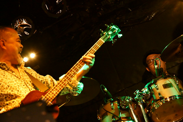 CABU live at Outbreak, Tokyo, 19 Dec 2015. 037