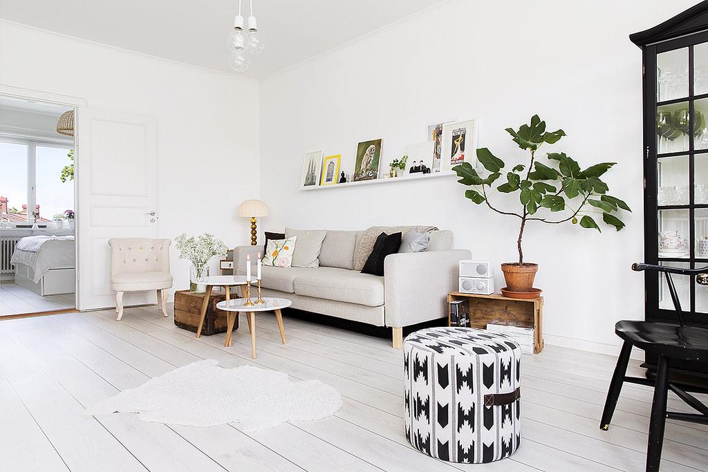 02-living-room-furnitute