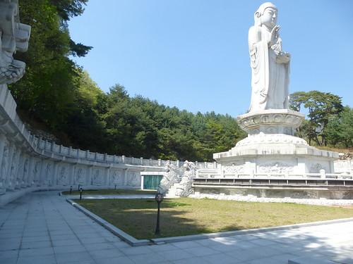 Co-Daegu-Parc Palgongsan-Temple Donghwasan (15)