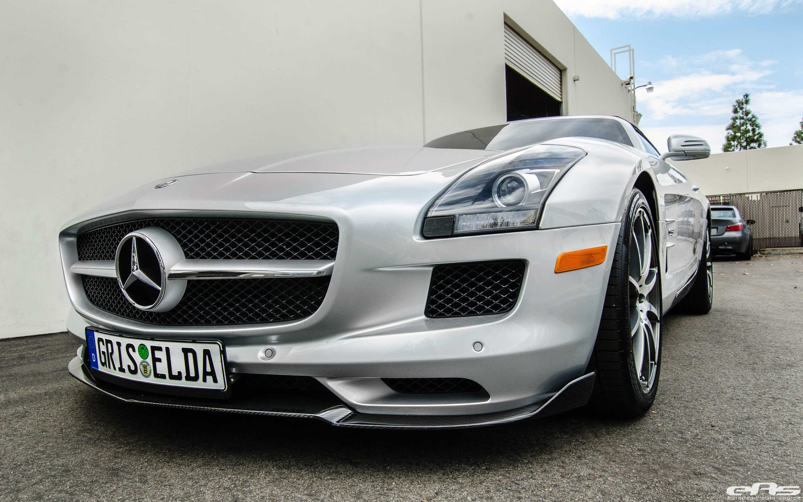 Mercedes benz sls amg roadster bmw performance parts for Mercedes benz racing parts