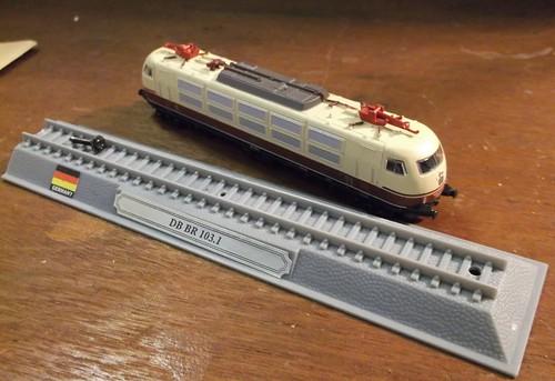 DB 103