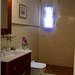 cuartos de baños compeltos, provistos de plato ducha, exteriores. En su inmobiliaria Asegil en Benidorm le ayudaremos sin compromiso. www.inmobiliariabenidorm.com