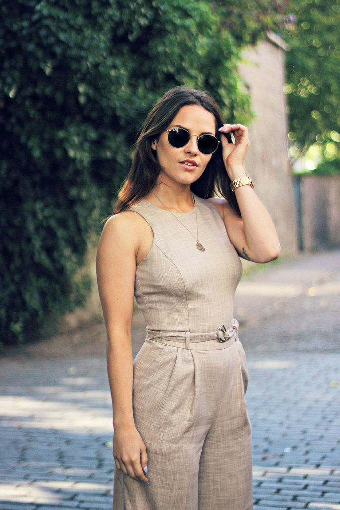 ASOS linen jumpsuit the little magpie 4