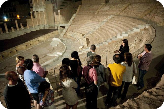 El Museo del Teatro Romano ofrece el sábado una visita nocturna