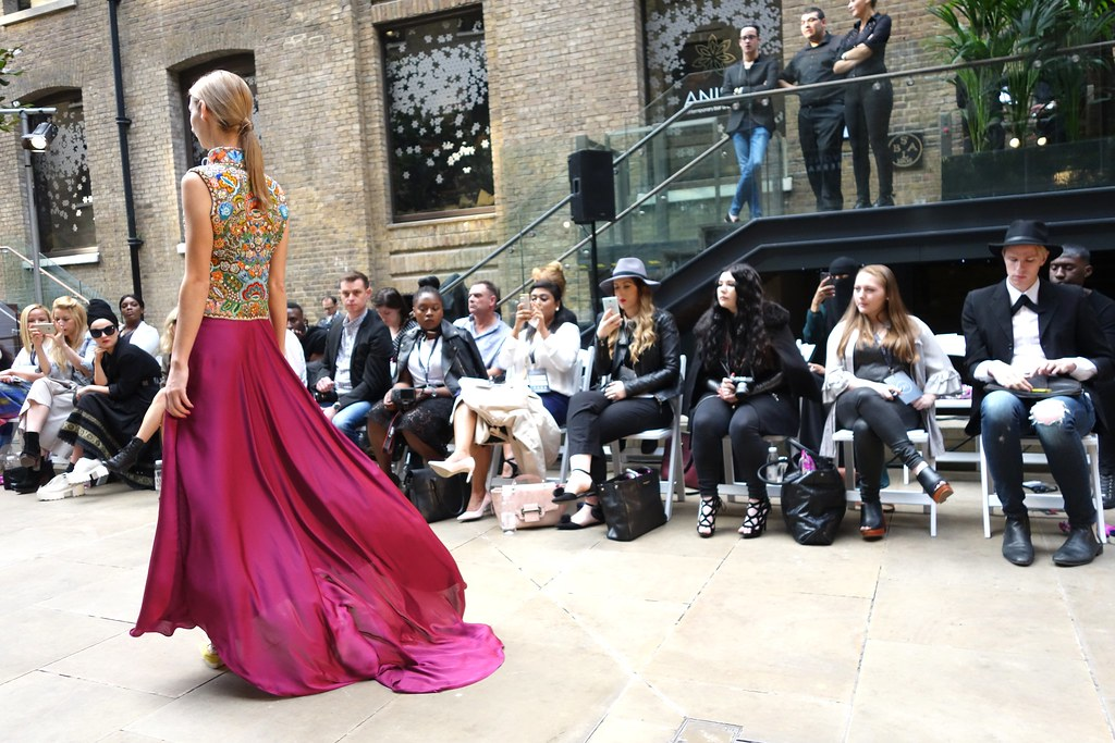 Dorin Negrau, Oxford Fashion Studios, London Fashion Week SS16