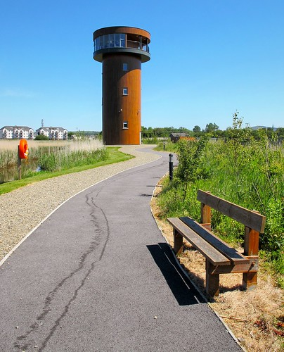 ireland irish tower bench path bluesky kerry visitor tralee attraction hbm canong11 traleebaywetlandcentre