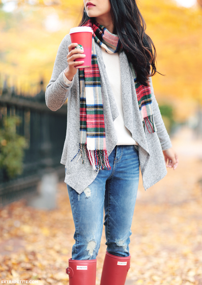 holiday outfit petite fashion scarf sweater