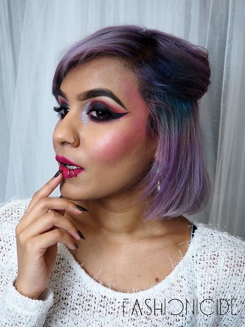 Glittered-Inner-Corners-Eye-Makeup