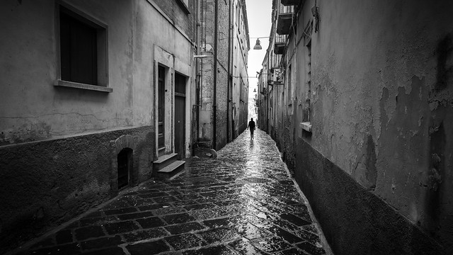 A shadow - Troia, Italy - Black and white street photography