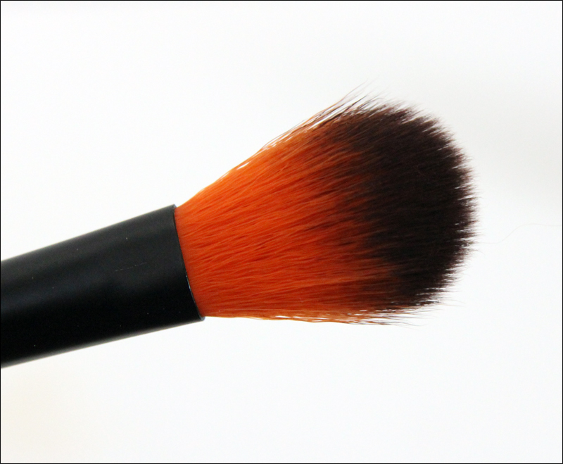 LH cosmetics 306 all over brush