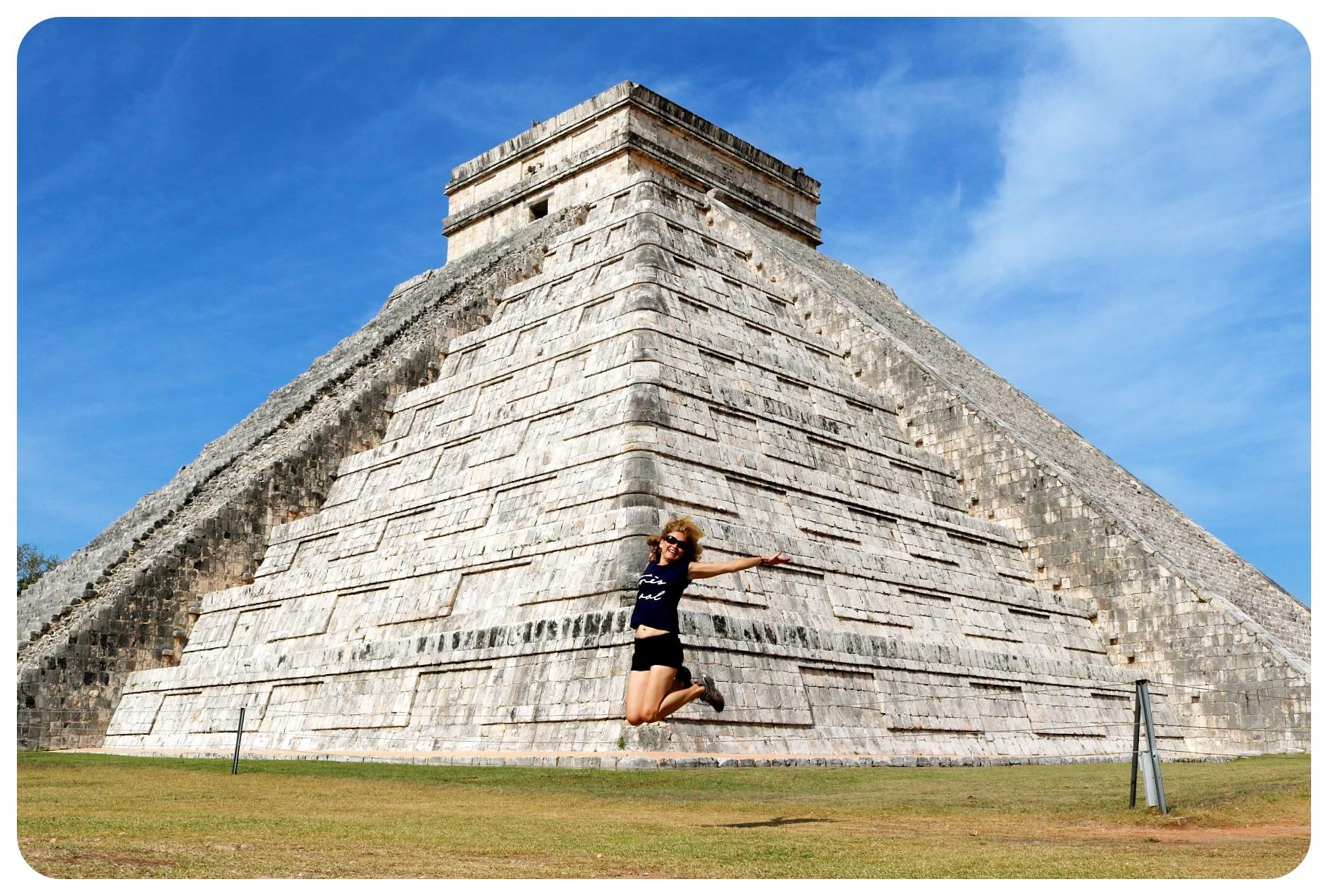 chichen itza dani jump mexico