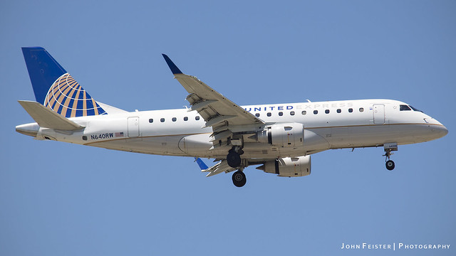United Express N640RW - Indianapolis International Airport