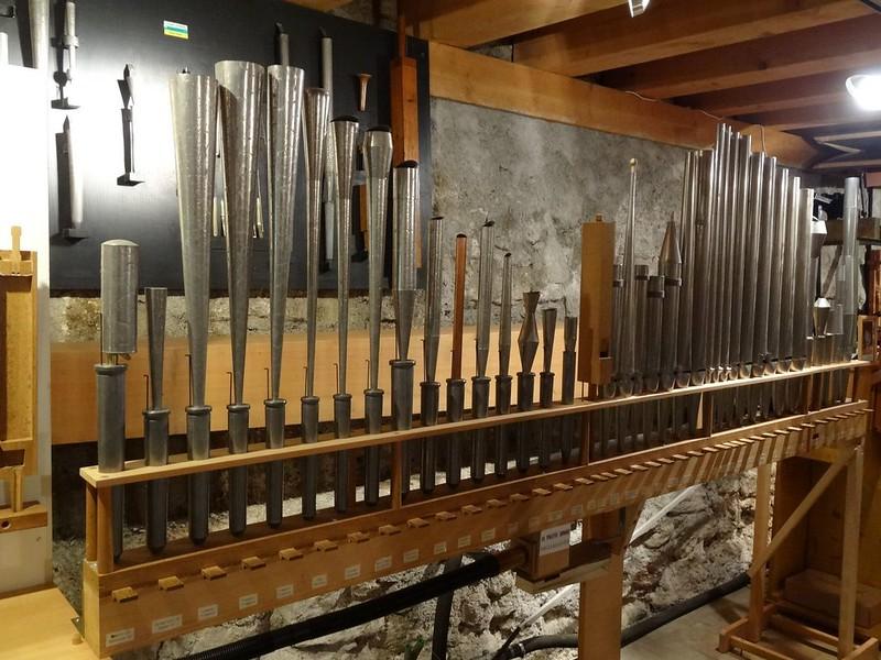 Le muséee suisse de l'orgue (en Suisse)  21116376956_82f0b7a254_c