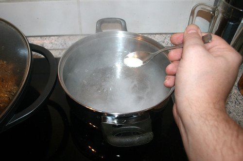 25 - Wasser salzen / Salt water