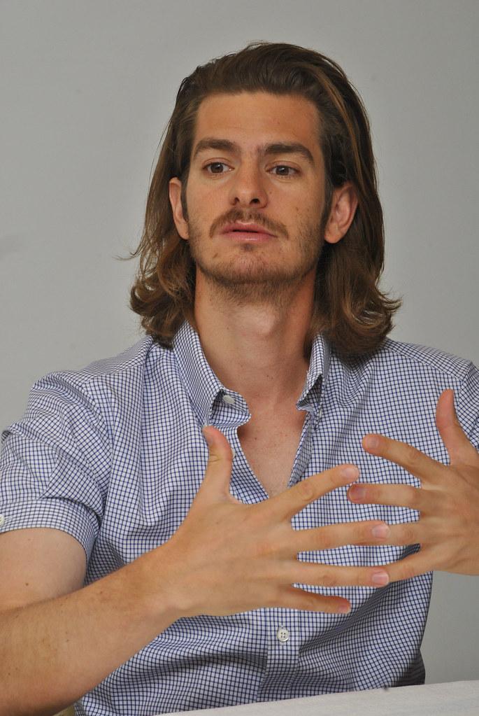 Эндрю Гарфилд — Пресс-конференция «99 домов» 2015 – 56