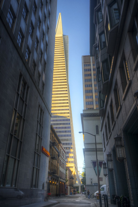 Sneaking Up On the Transamerica Pyramid