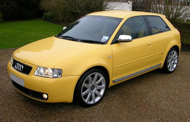 Спортивный хэтчбек Audi S3. 2002 год