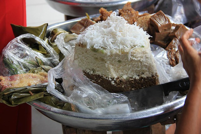 Street food in Bogyoke Market
