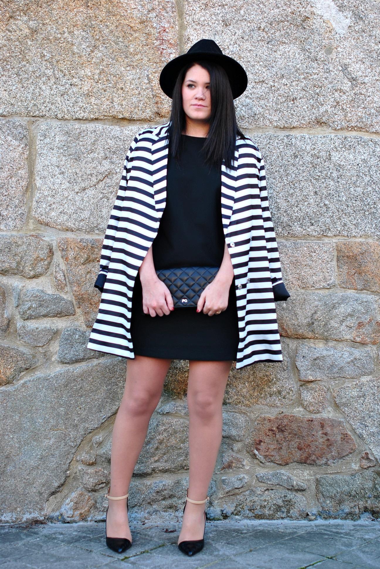 20151228-shein-black-white-coat-11
