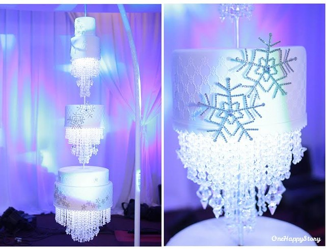 Winter Wonderland Chandelier Wedding Cake by Awi Chaves of Cakeistry Cdo
