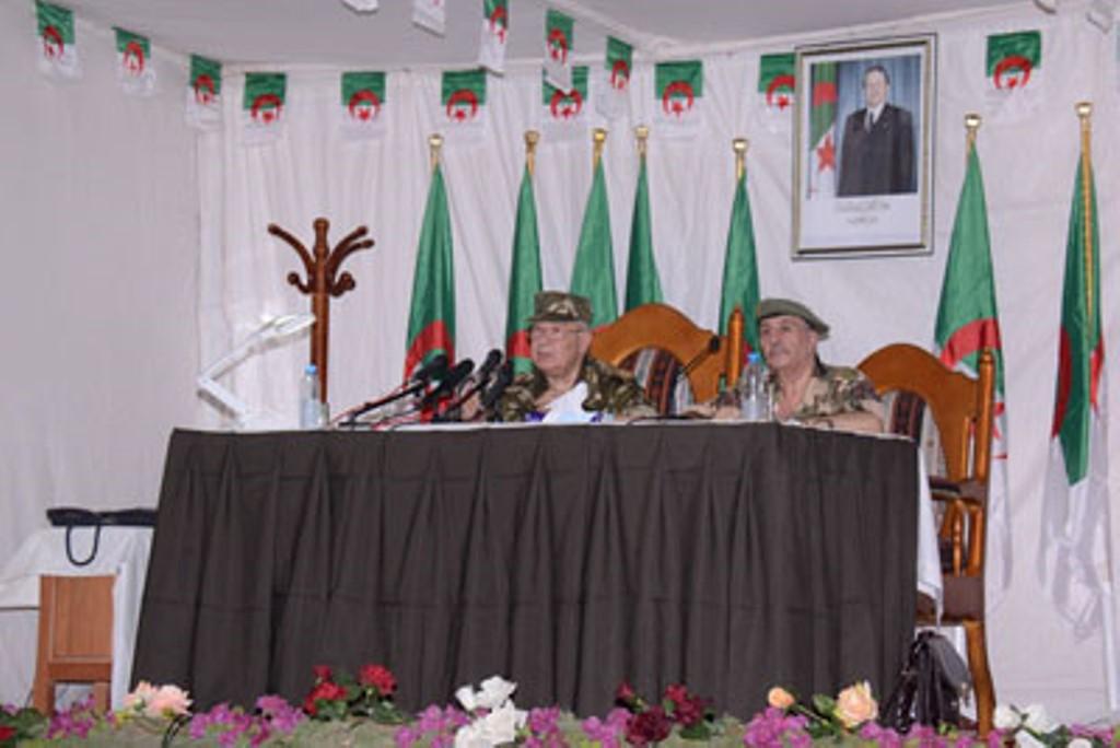 الجزائر : صلاحيات نائب وزير الدفاع الوطني - صفحة 4 30776525815_6bd8e929f6_o