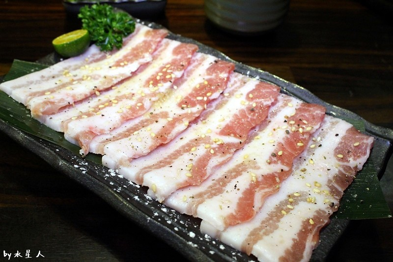 31115359371 7d4dabaf72 b - 熱血採訪 | 台中北區【川原痴燒肉】新鮮食材、原汁原味的單點式日本燒肉,全程桌邊代烤頂級服務享受
