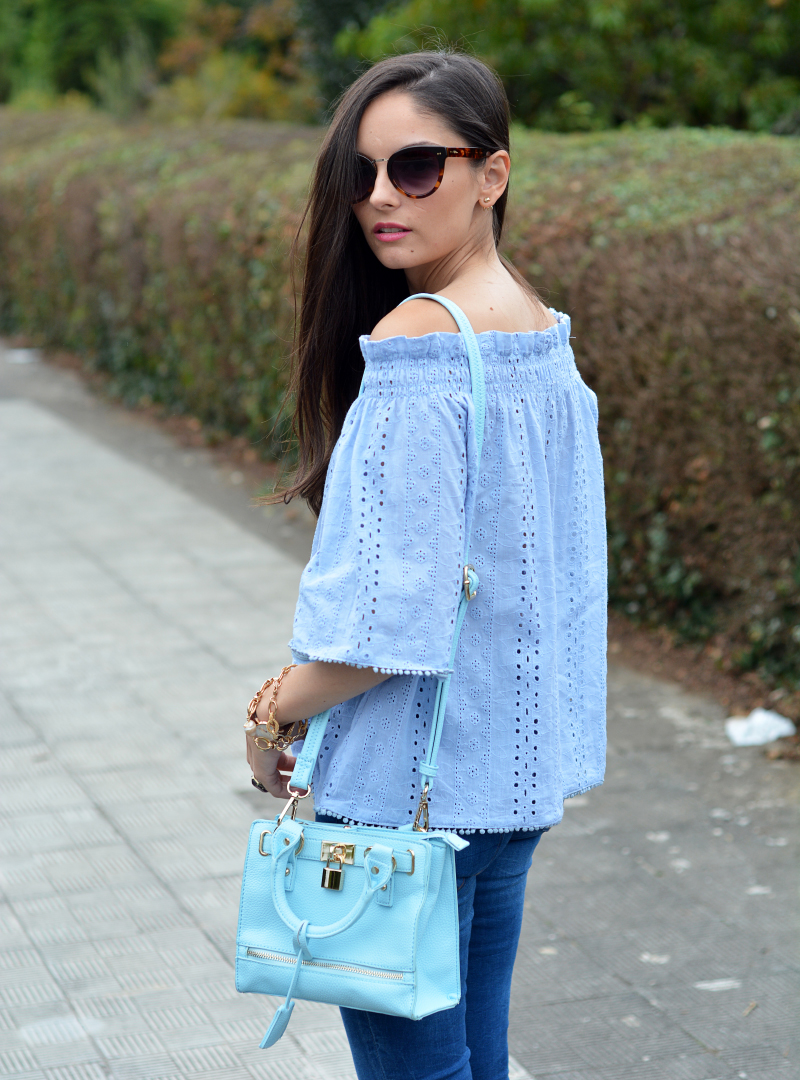 zara_chicwish_ootd_outfit_jeans_offtheshoulder_09