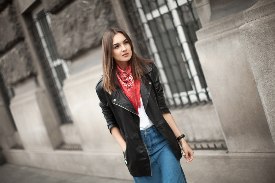 neck-fringe-bandana-outfit-ideas-how-to-wear