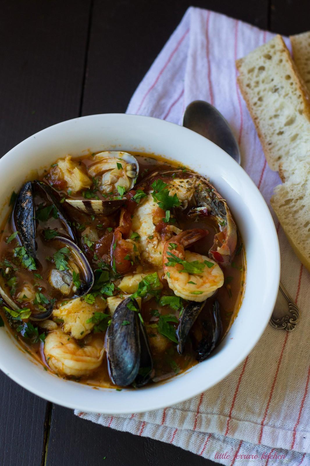 Cioppino (Seafood and Tomato Stew)