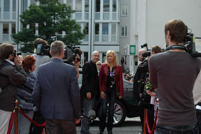 Roter Teppich für Veronica Ferres. Die Schauspielerin erschien gestern bei strahlendem Wetter, um vor Publikum und Presse ihren Stern des OLB-Walk of Fame zu enthüllen.