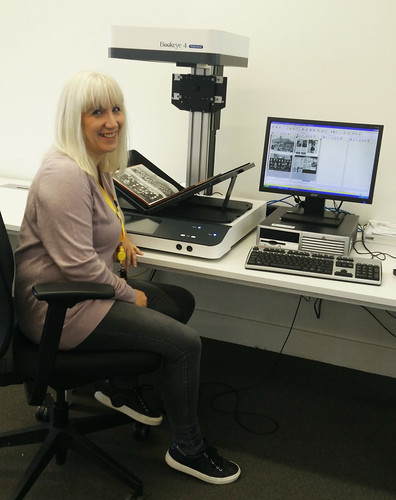 Digitising with BookEye scanner
