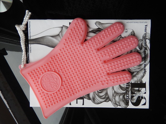 Soap & Glory Glove