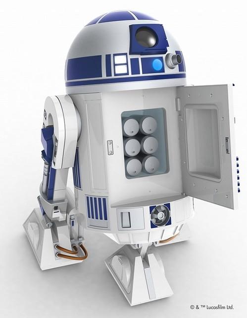 【販售資訊更新!】AQUA《星際大戰》 R2-D2 1:1 可以行走式的冷藏冰箱 !