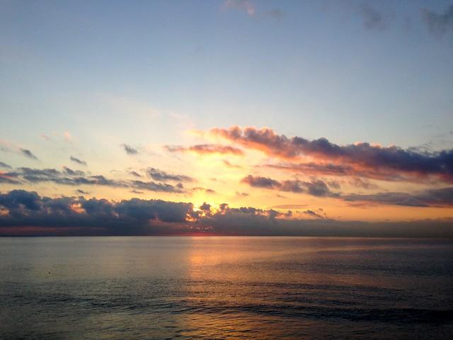 sunday horizon