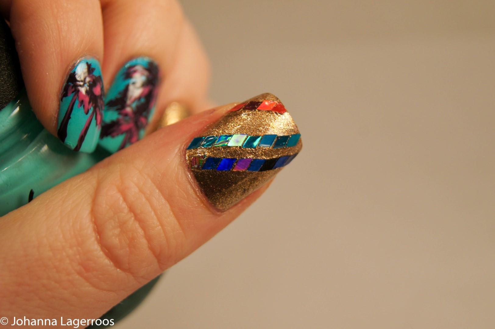 ellie goulding nails