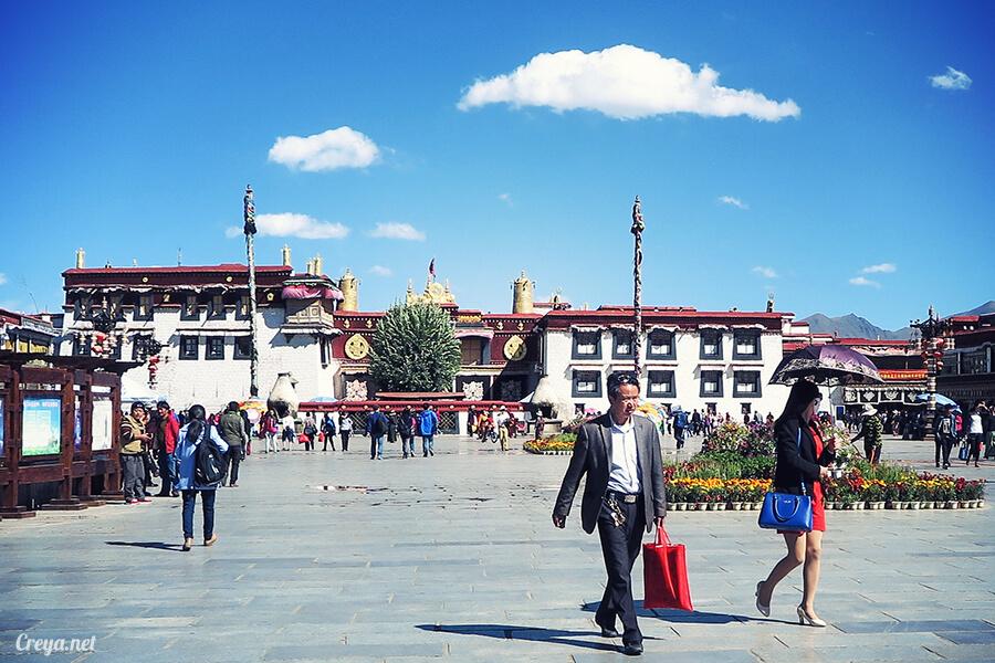 2015.12.09 ▐ Tibet 西藏踢北去 ▐ 尋找藏人真正的拉薩中心,被信仰力量震撼的大昭寺與舊城區 08.jpg