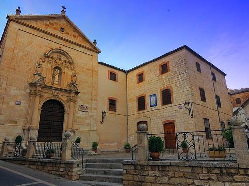 <Plaza Santa Teresa> Beas de Segura (Jaén)