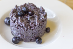Risotto with blueberries and spicy gorgonzola