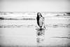 Ella y las olas by ribadeluis